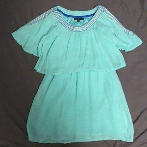Pretty, embroidered girls dress (10).